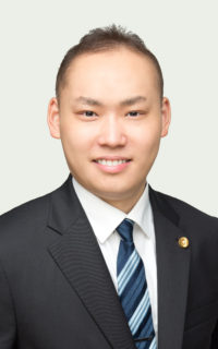 浦野弁護士画像